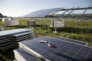 IHS Ranks Solar EPC Contractors on Worldwide Scale
