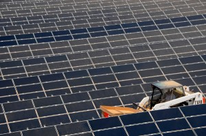 Blue Earth Completes Construction on Two Solar Projects in Cali Desert