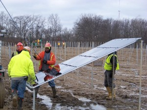 Modules are put into place for the City of Bryan's 2.125-MW project. Rudolph/Libbe used thin-film panels to make better use of Northwest Ohio's cloudy conditions.